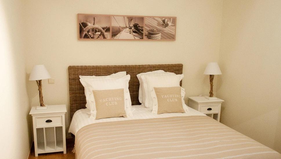Hotel du bassin strandhotel oostende viamichelin for Canape ostende but