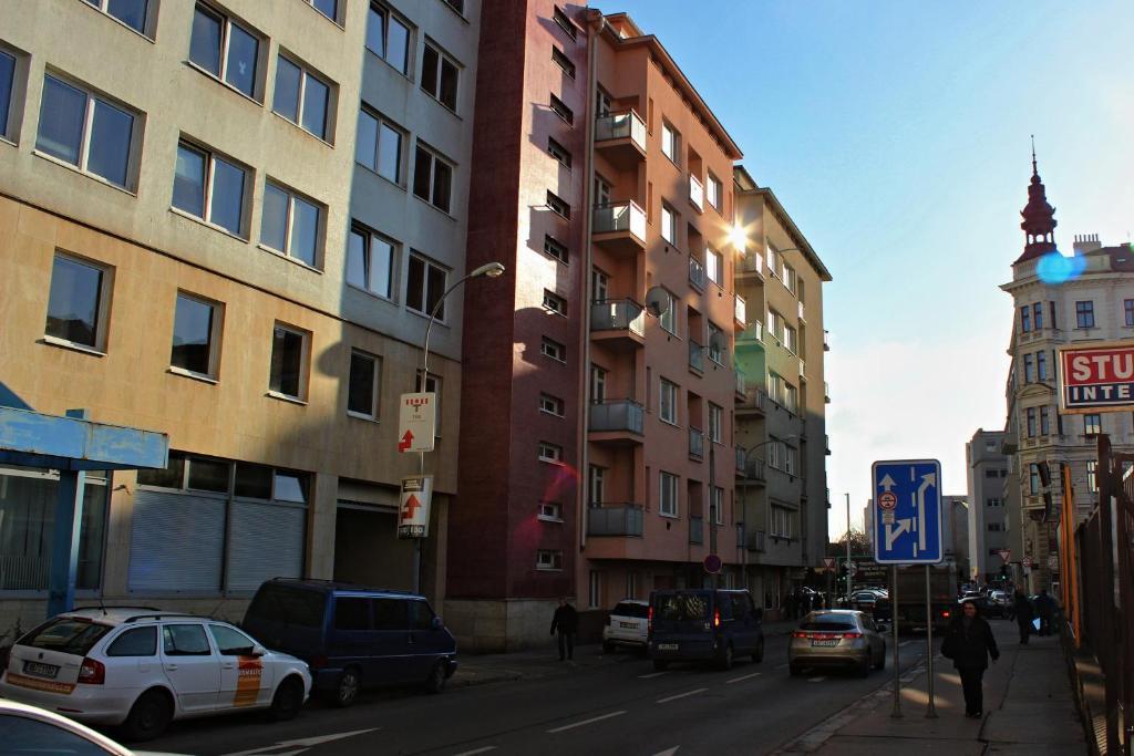 Apartment tomino brno prenotazione on line viamichelin for Design apartment udolni brno