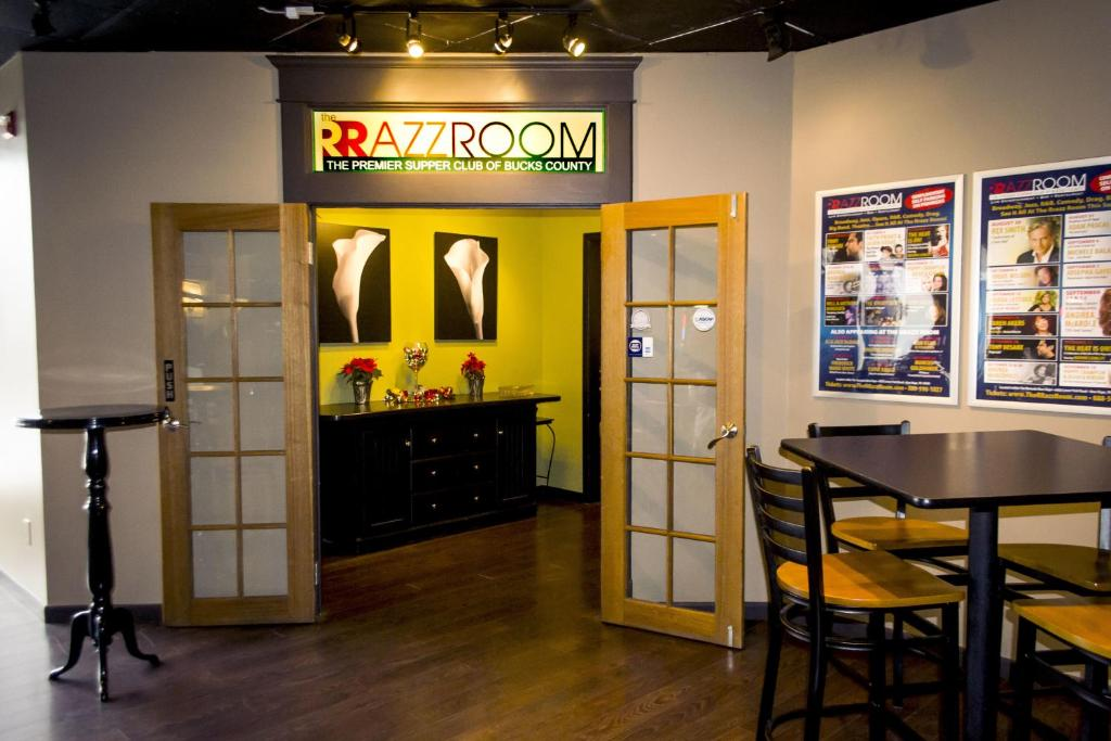 Restaurants With Private Rooms Fishers In