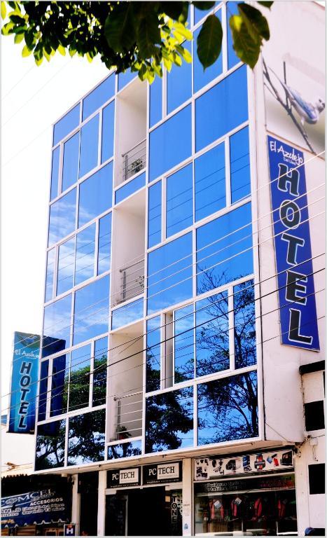 Hotel azulejo del llano yopal book your hotel with for Hotel azulejos