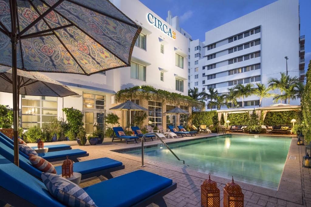Circa  Hotel Miami Beach Parking