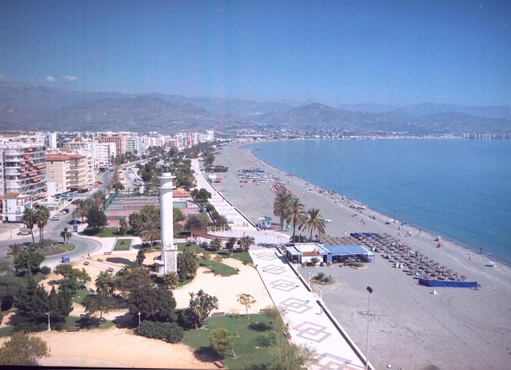 Apartment terrasol torre del mar spain for Cerrajero torre del mar
