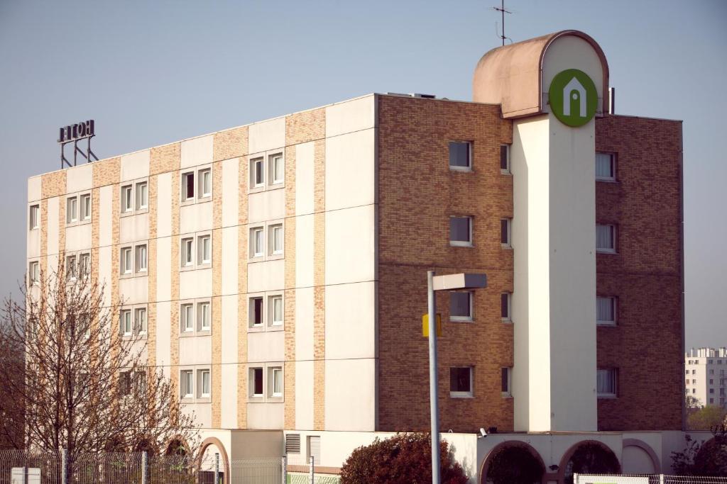 Hotel Campanile Villejuif  Rue Du Docteur Pinel  Villejuif