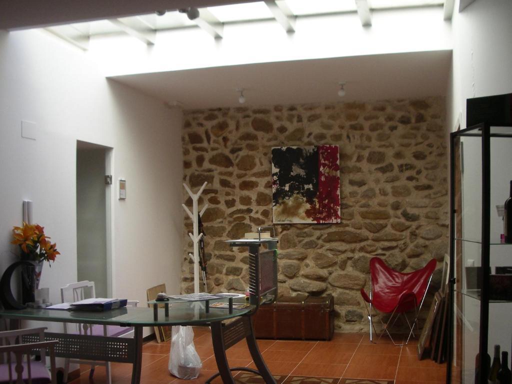 Apartamentos rurales la fonda calatayud reserva tu for Habitaciones familiares zaragoza