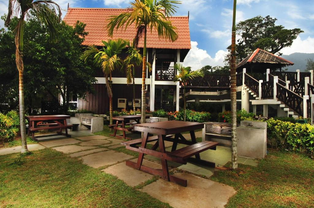 Tioman Island Hotel Booking