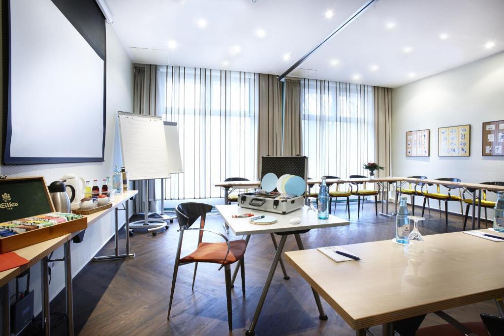 ambiente langenhagen hannover by tulip inn r servation gratuite sur viamichelin. Black Bedroom Furniture Sets. Home Design Ideas