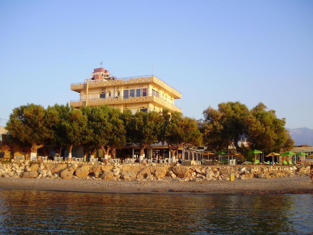 Melani apartments r servation gratuite sur viamichelin for Reserver hotel payer sur place