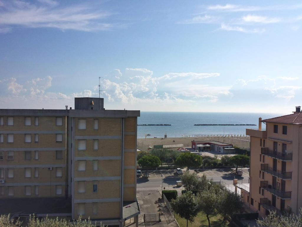 Residenza solaria ravenna book your hotel with viamichelin - Bagno marina beach lido adriano ...