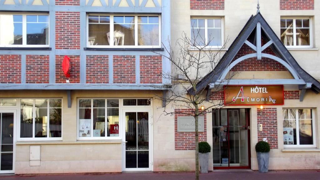 Almoria deauville online booking viamichelin for Hotel deauville design