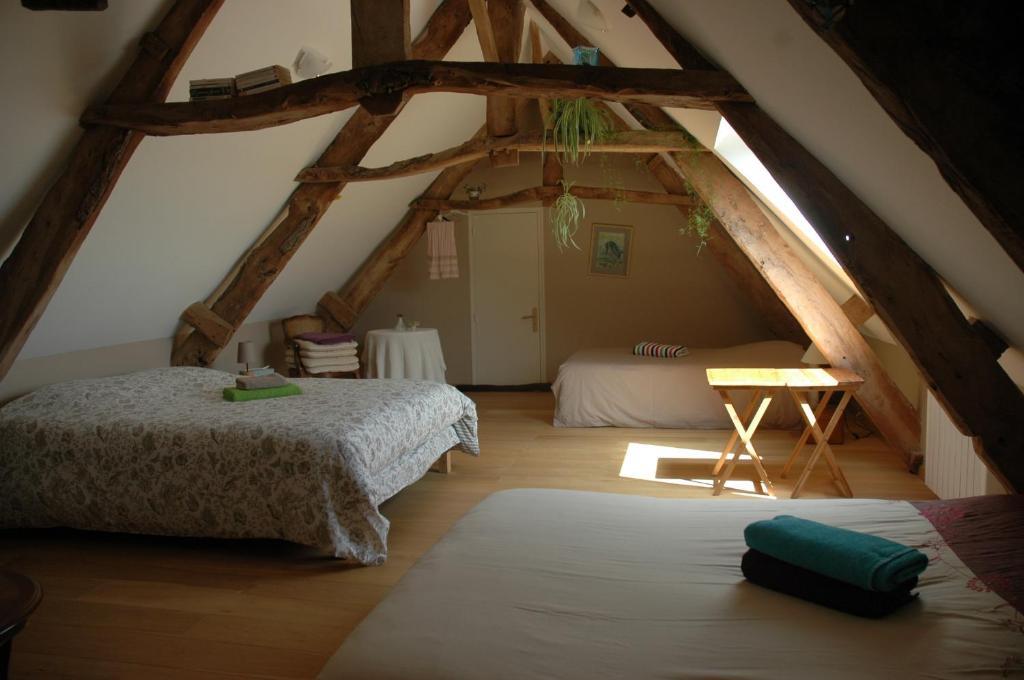 Chambre d 39 h te la maison du mesnil chambres d 39 h tes saint hilaire petitville - Chambre d hote talmont saint hilaire ...