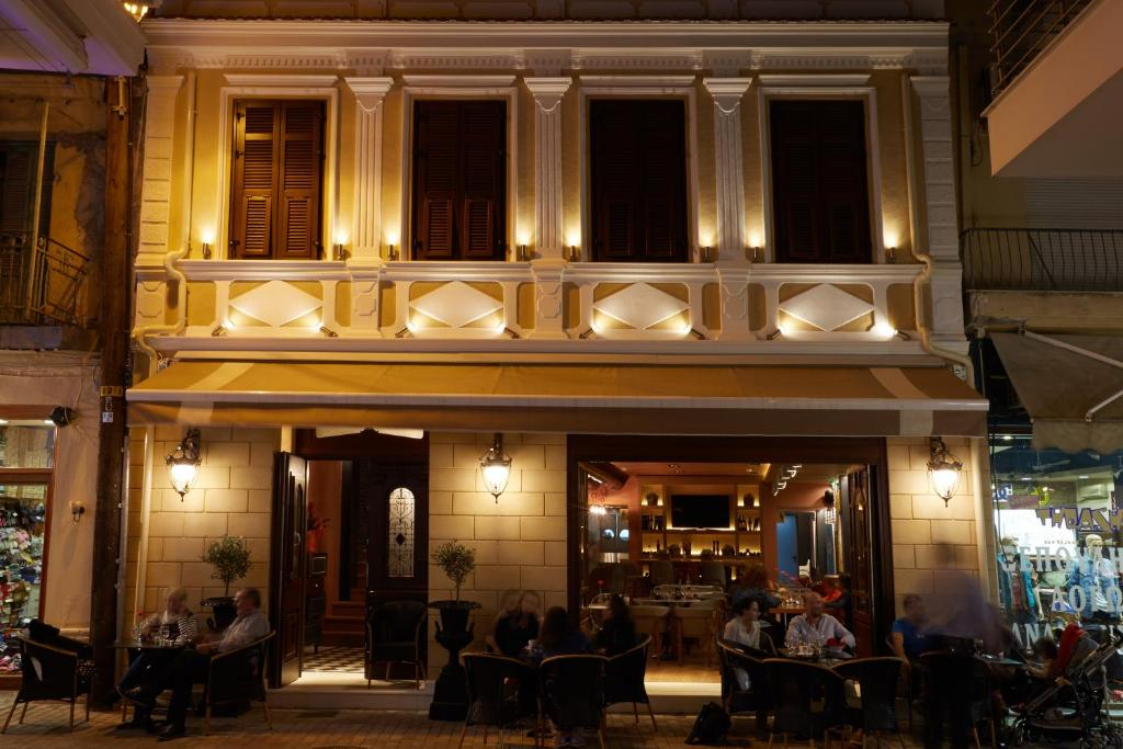 Veritas Boutique Art Hotel V Ria Book Your Hotel With