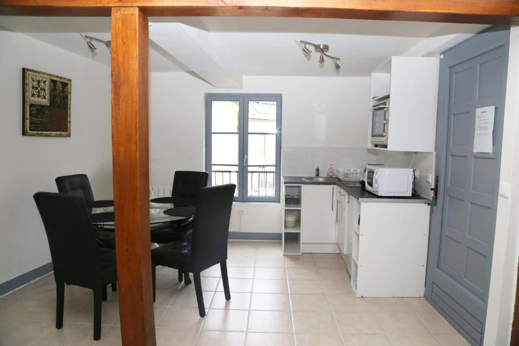 Appartement moderne honfleur online booking viamichelin for Booking appartement