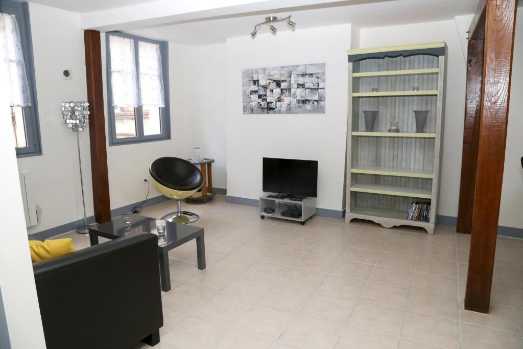 appartement moderne r servation gratuite sur viamichelin. Black Bedroom Furniture Sets. Home Design Ideas