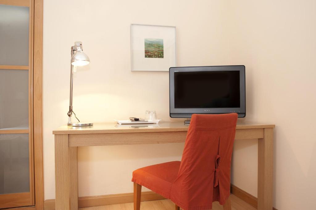 Apartamentos sabinas zaragoza centro zaragoza reserva for Habitaciones familiares zaragoza
