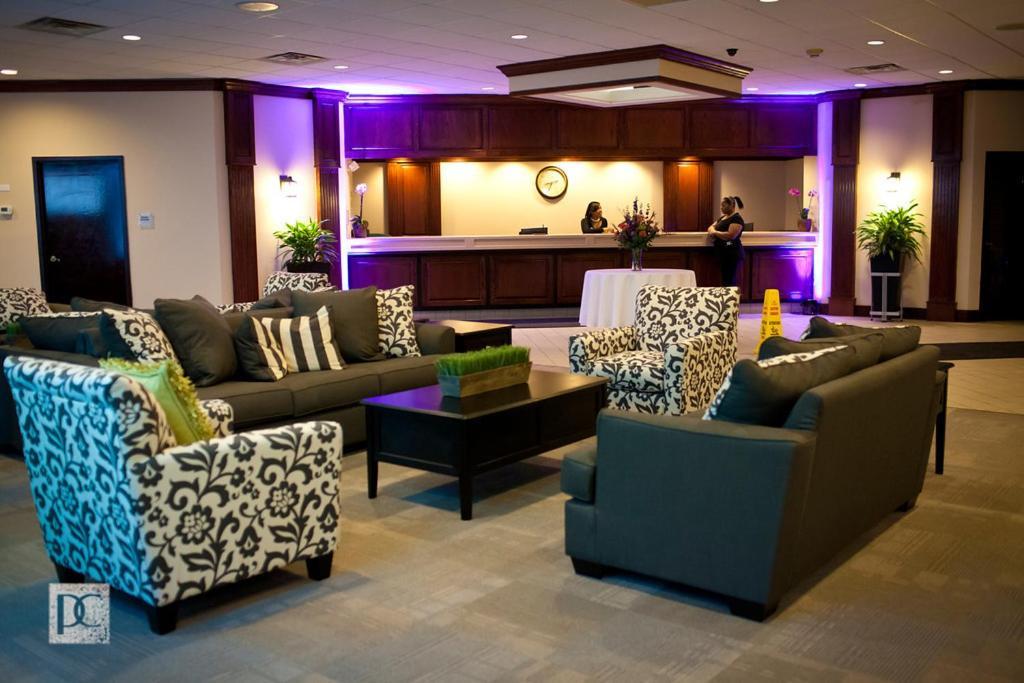 Garden Hotel And Conference Center Beloit Viamichelin Informatie En Online Reserveren