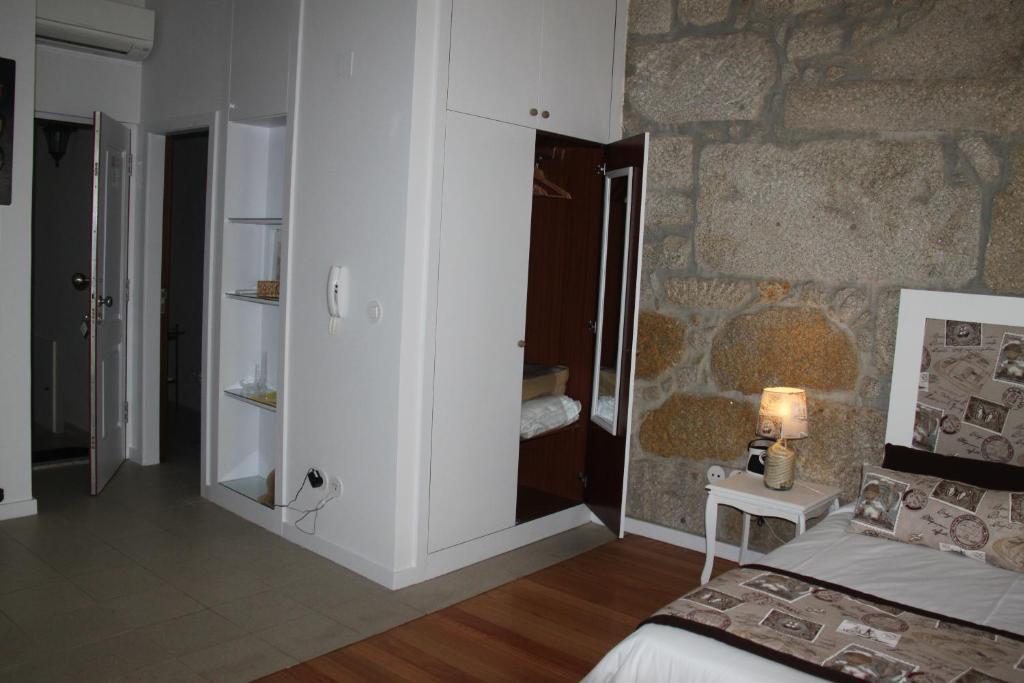 Poeta apartamentos oporto reserva tu hotel con viamichelin - Booking oporto apartamentos ...