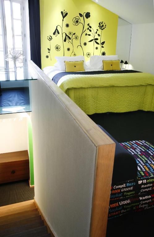 Design h tel des francs gar ons saintes online booking for Design hotel des francs garcons saint sauvant