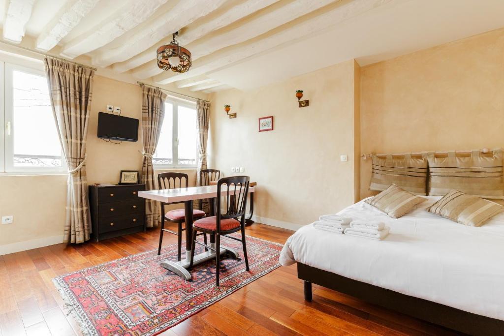 appartement art deco locations de vacances paris. Black Bedroom Furniture Sets. Home Design Ideas