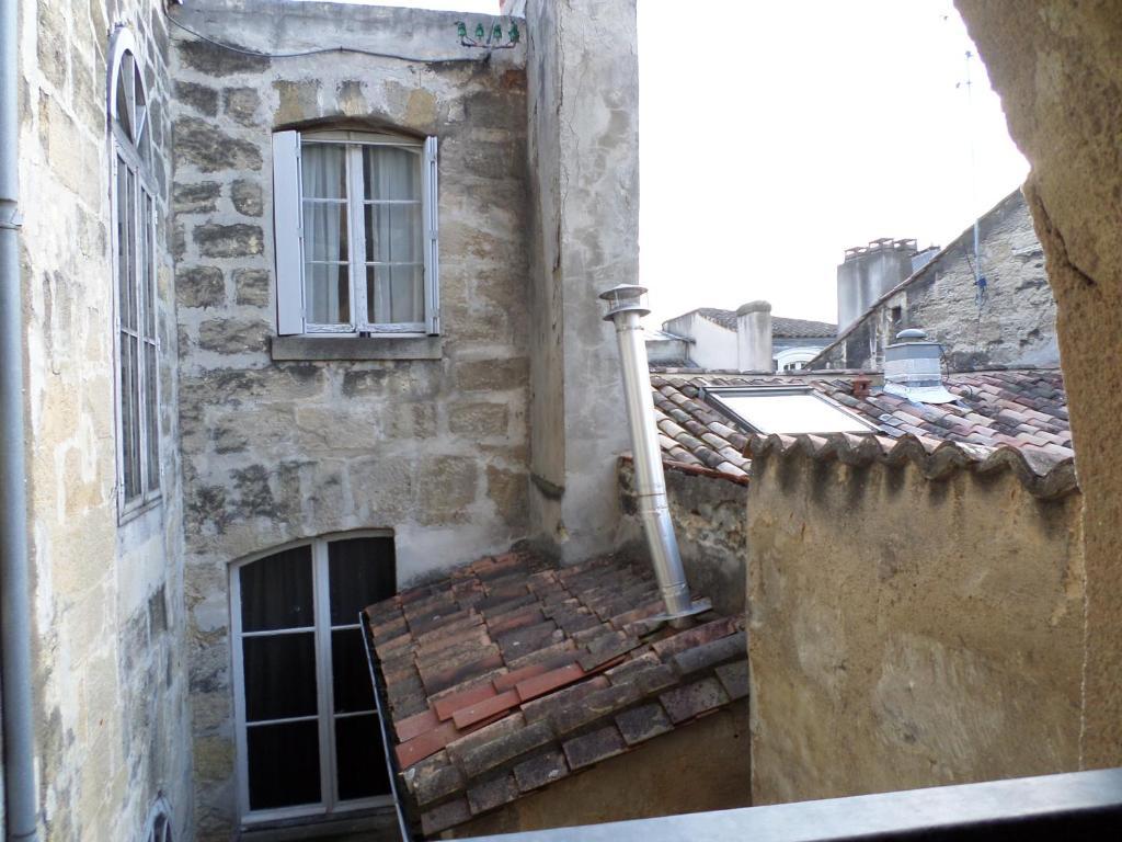 Bordeaux appartement place du parlement holiday houses for Appartement bordeaux grand theatre