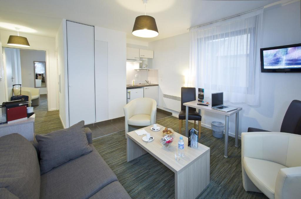 R sidence all suites appart hotel dunkerque for Appart hotel tarif