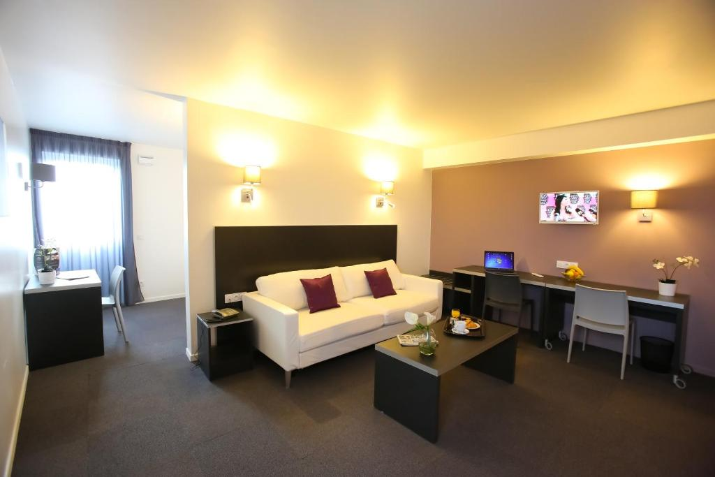 All suites appart hotel orly rungis locations de vacances for Appart hotel rungis