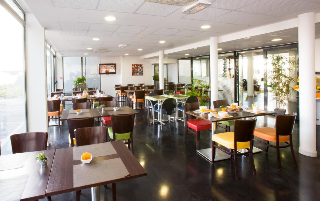 R sidence all suites appart h tel bordeaux lac for Appart hotel bordeaux