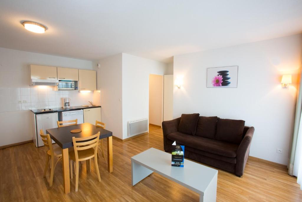 all suites appart h tel la teste r servation gratuite sur viamichelin. Black Bedroom Furniture Sets. Home Design Ideas