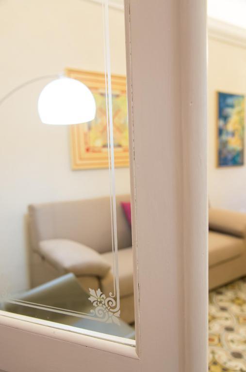 Luxury apartment manarola ricc del golfo di spezia viamichelin informatie en online reserveren for Moderne toiletartikelen