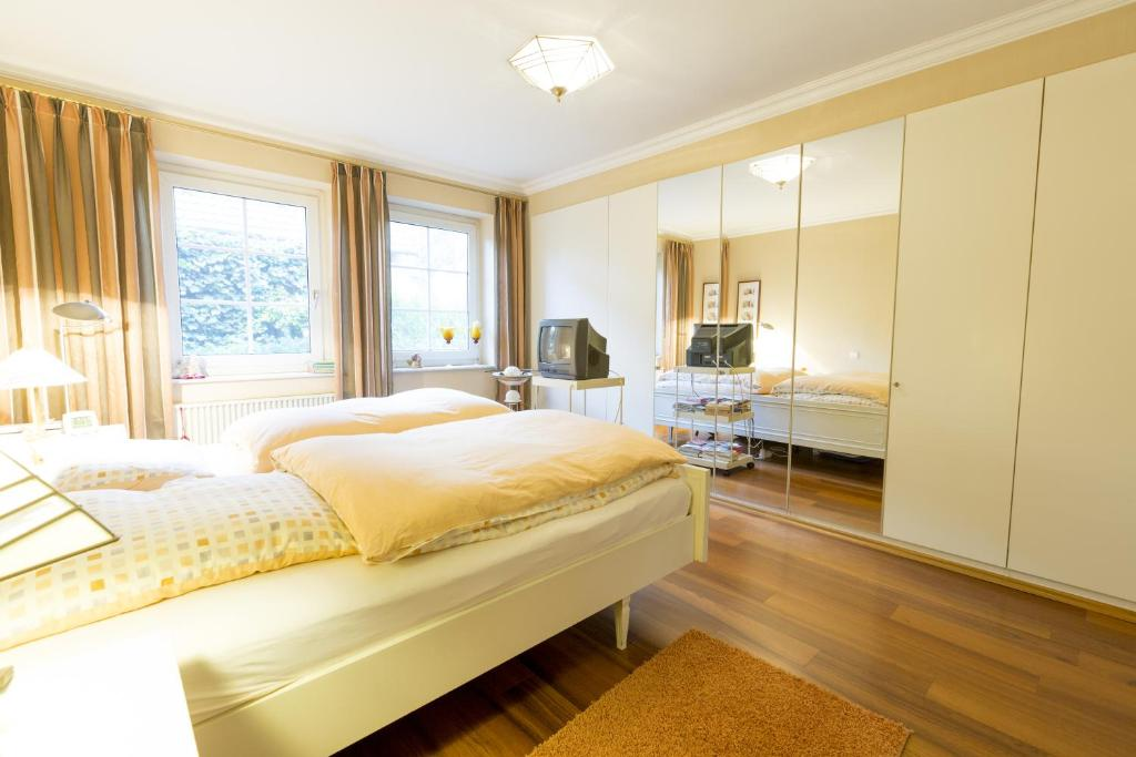 Deutsche messe zimmer accommodation service hannover for Zimmer hannover