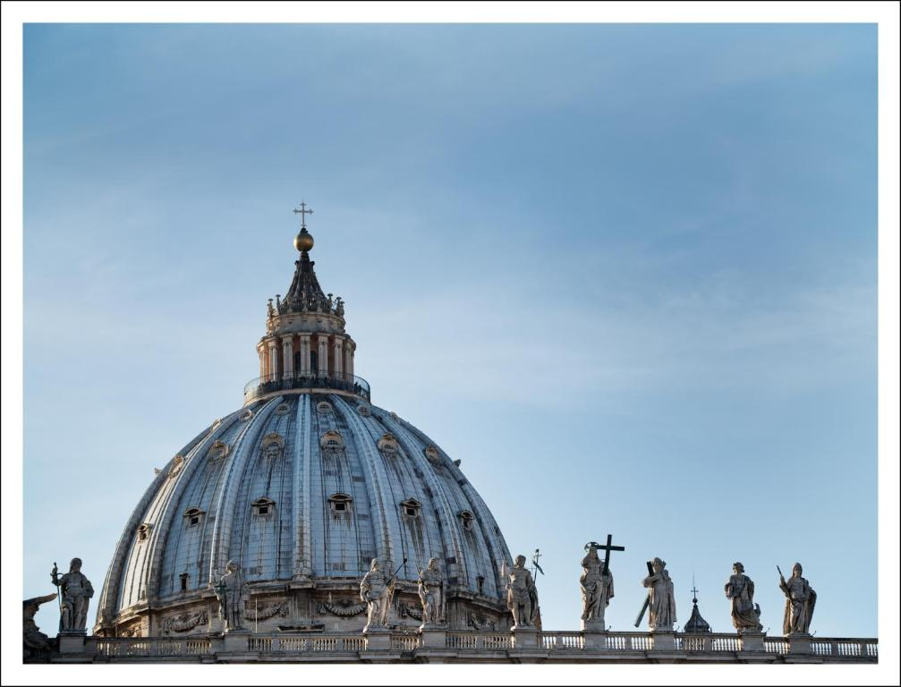 bed breakfast la cupola del vaticano bed breakfasts rome. Black Bedroom Furniture Sets. Home Design Ideas