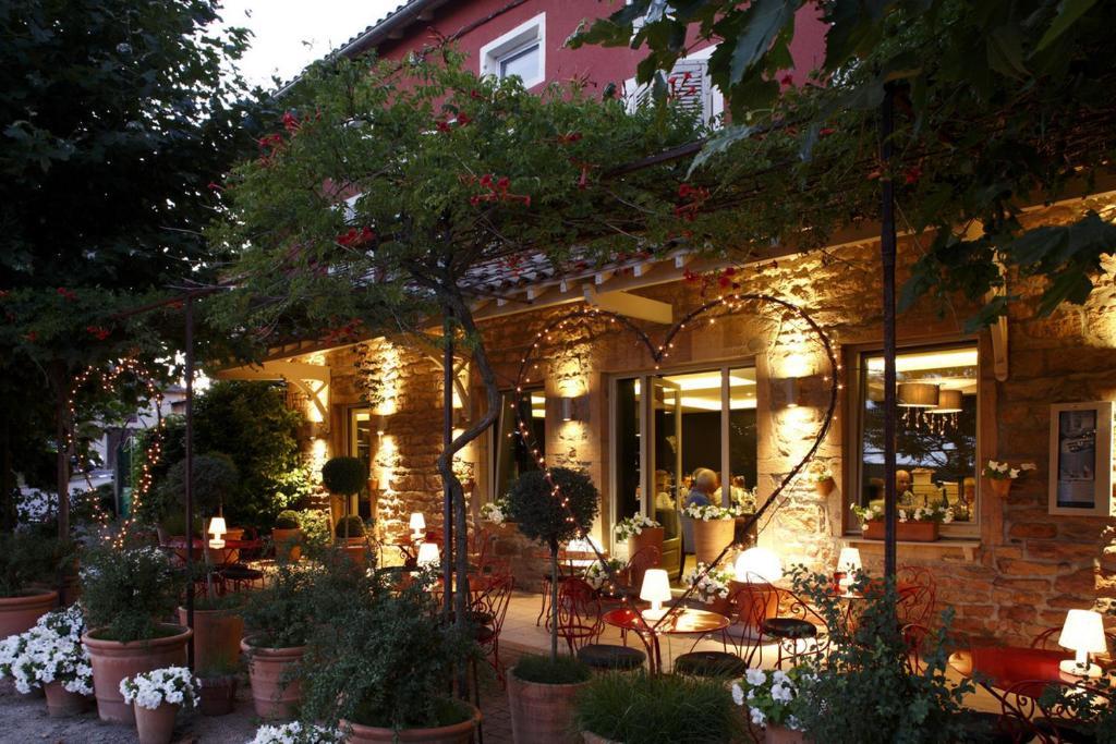 Hotel Restaurant Proche St Amour