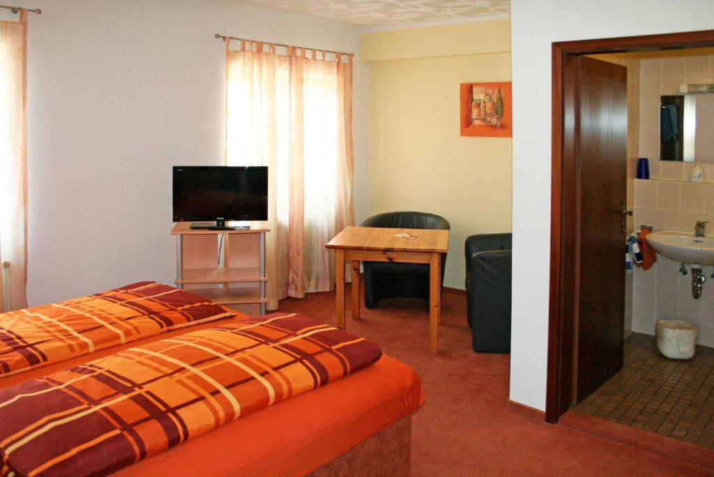 Chambres d 39 h tes gasthaus linde chambres d 39 h tes baden for Chambre hote allemagne