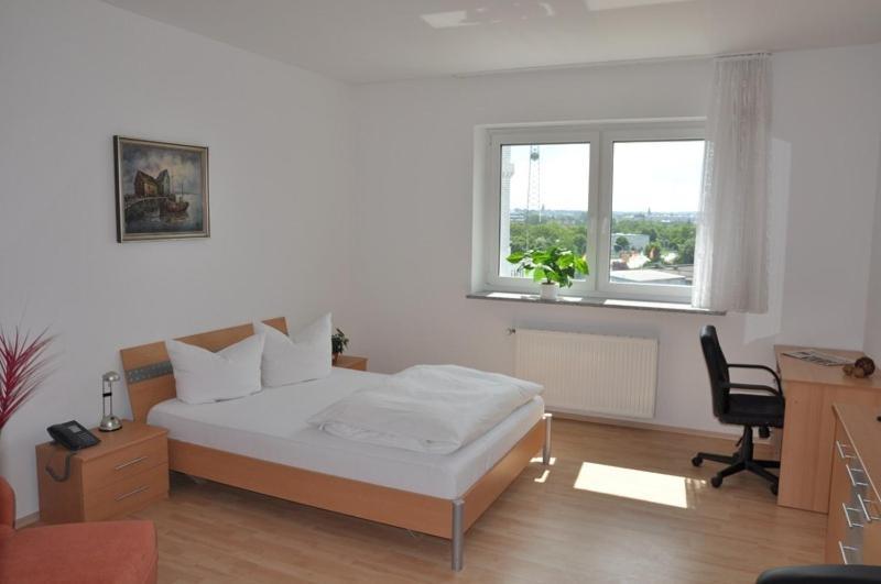hotel restaurant reuterhof darmstadt book your hotel with viamichelin. Black Bedroom Furniture Sets. Home Design Ideas