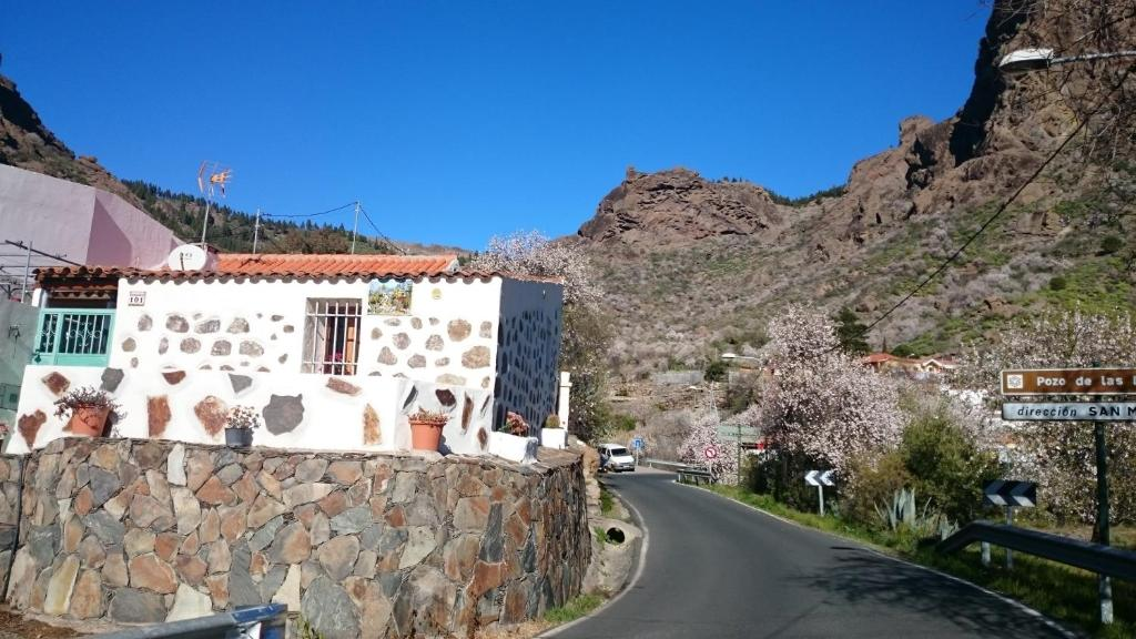 Country house gran canaria chalets in ayacata spain - Houses in gran canaria ...