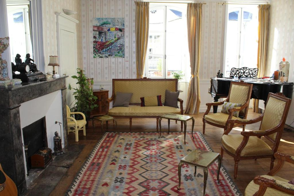 chambres d 39 h tes loire s jours chambres d 39 h tes ancenis. Black Bedroom Furniture Sets. Home Design Ideas
