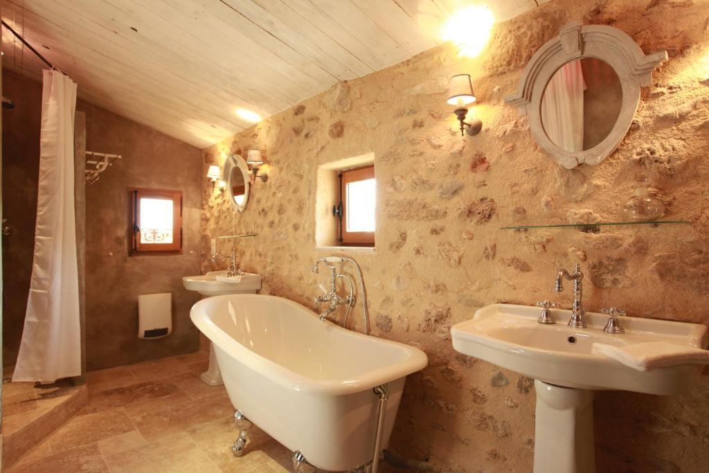 chambres d 39 h tes les remparts chambres d 39 h tes beaumes de venise dans le vaucluse 84. Black Bedroom Furniture Sets. Home Design Ideas