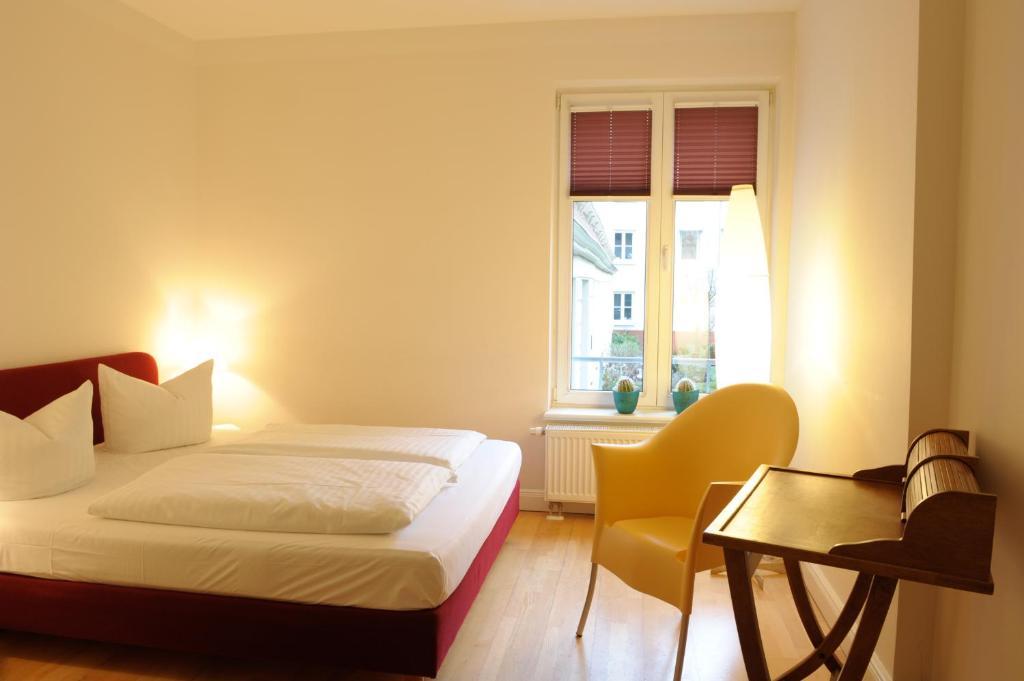 schlaflounge hamburg online booking viamichelin. Black Bedroom Furniture Sets. Home Design Ideas