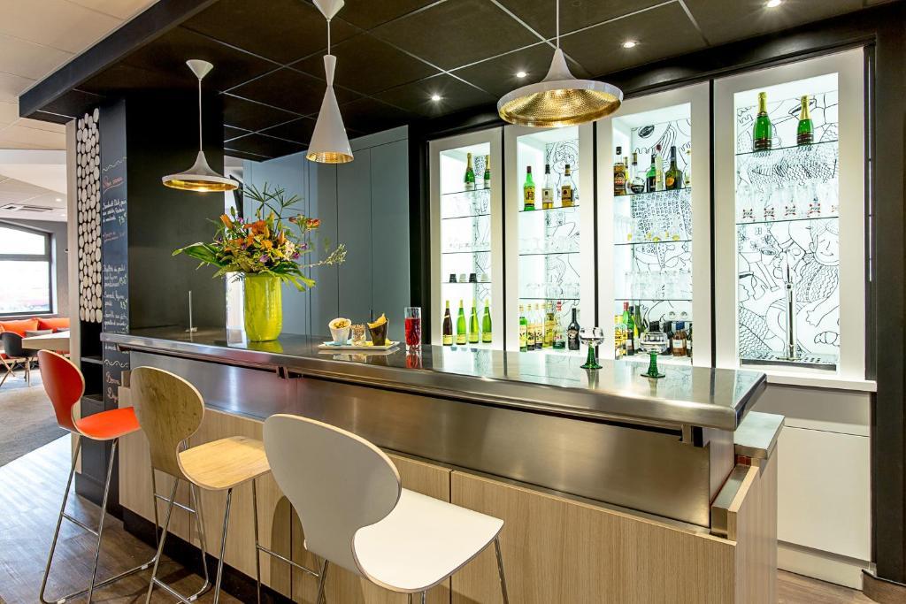 Ibis colmar centre colmar book your hotel with viamichelin for Hotels colmar