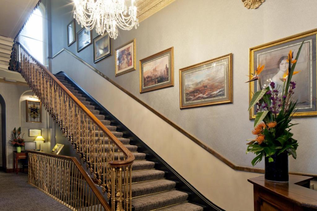 Grange Strathmore Hotel London Sw Nb
