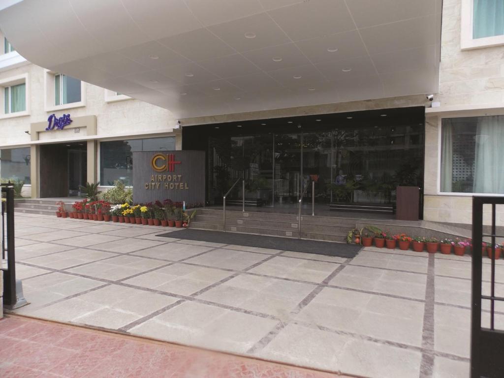 Restaurants Near Kolkata Airport