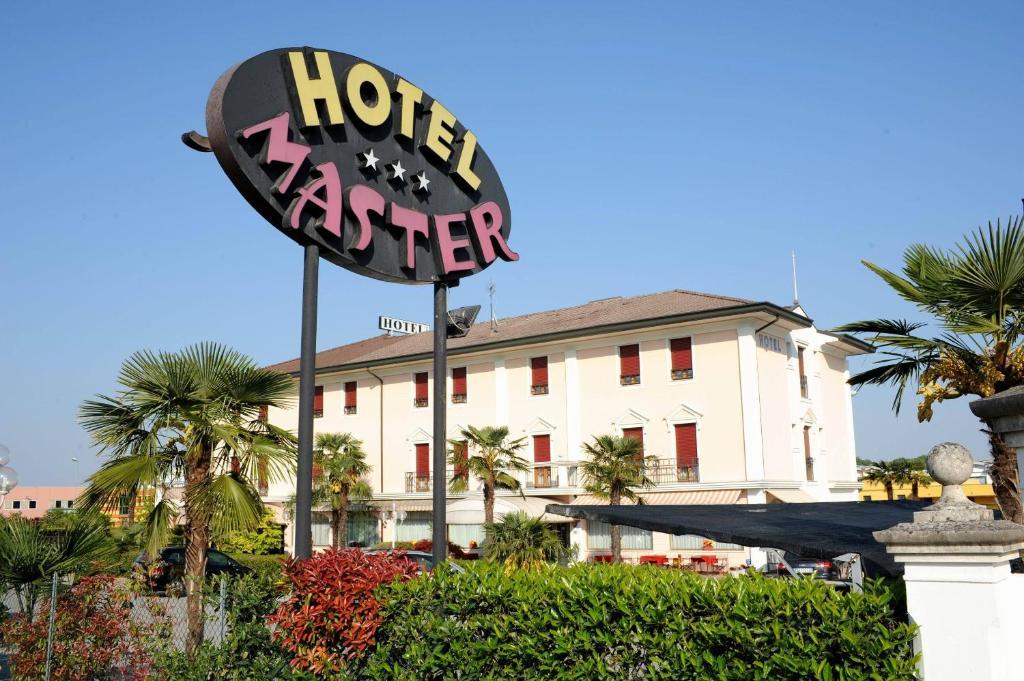Hotel Master Albignasego Booking Com