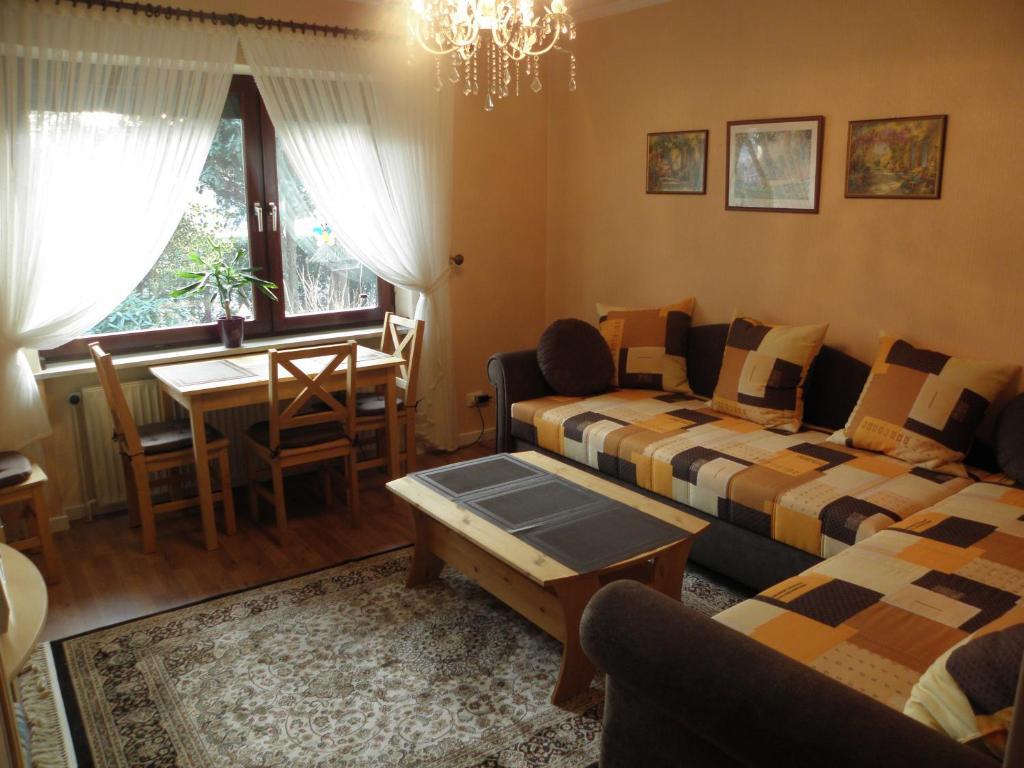 Apartment ferienwohnung donata delmenhorst including for Ferienwohnung delmenhorst