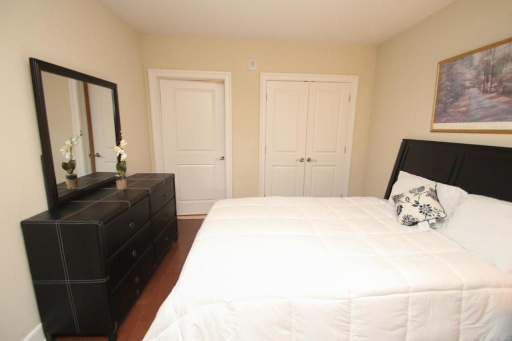 One Bedroom Apartment Philadelphia Book Your Hotel With Viamichelin