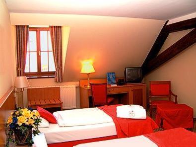Romantik hotel tuchmacher g rlitz book your hotel with for Design hotel gorlitz