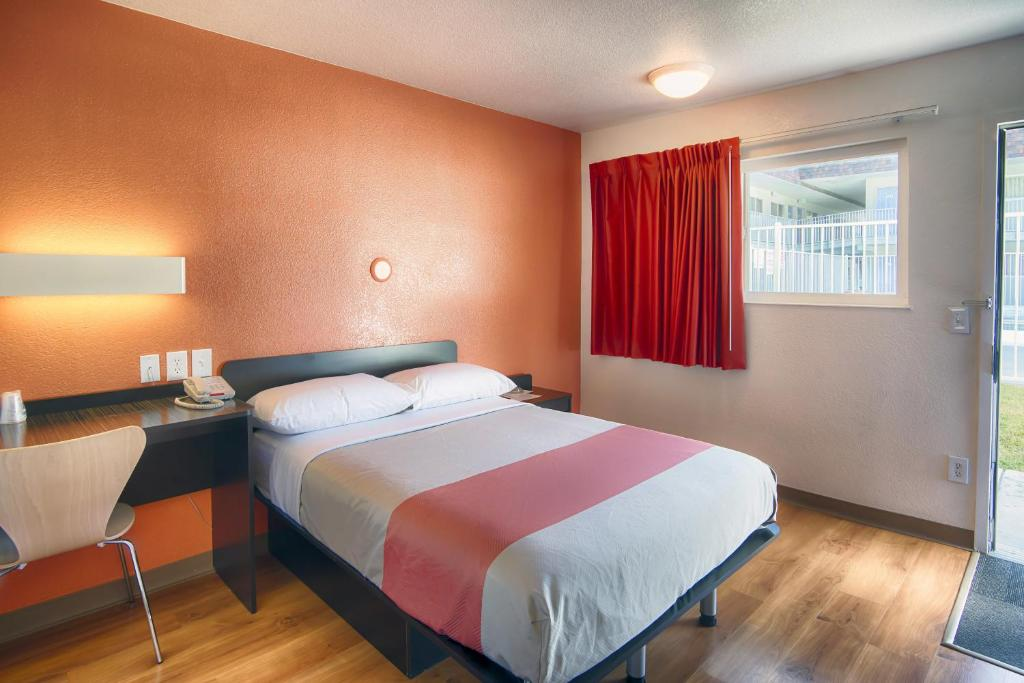 Motel 6 mammoth lakes r servation gratuite sur viamichelin for Reserver hotel payer sur place