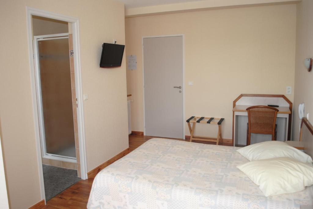L'Orée Du Bois La Barre de Monts book your hotel with ViaMichelin # L Orée Du Bois Notre Dame De Monts