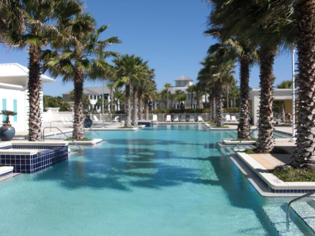 Carillon Beach Resort