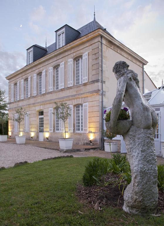 Ch teau beau jardin lesparre m doc online booking for Restaurant le beau jardin