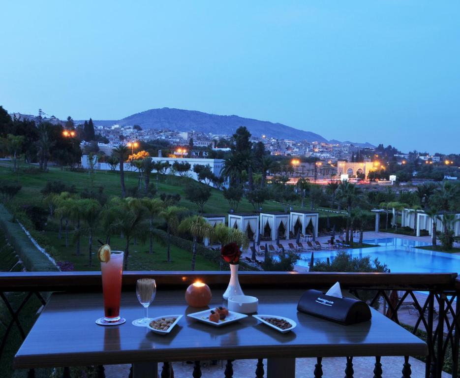 Palais medina spa r servation gratuite sur viamichelin for Hotel fes piscine