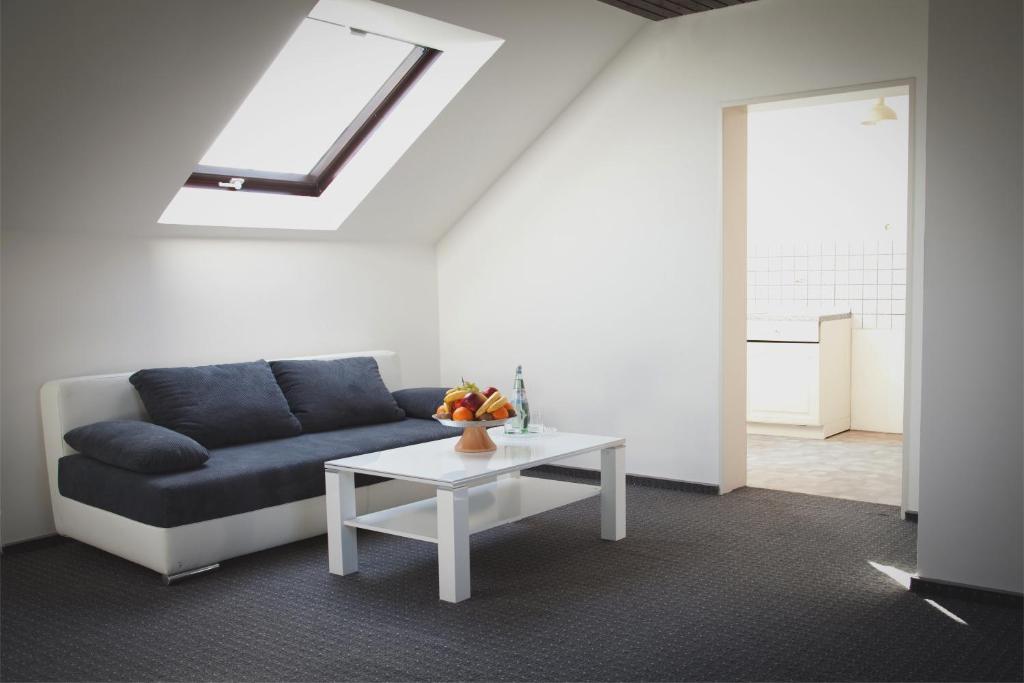 hotel engelbert d sseldorf informationen und buchungen online viamichelin. Black Bedroom Furniture Sets. Home Design Ideas
